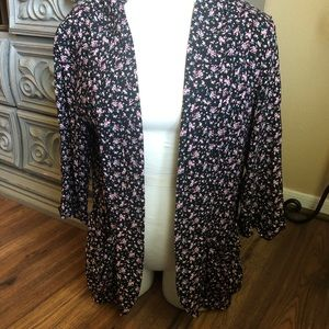 Black floral cardigan with pockets